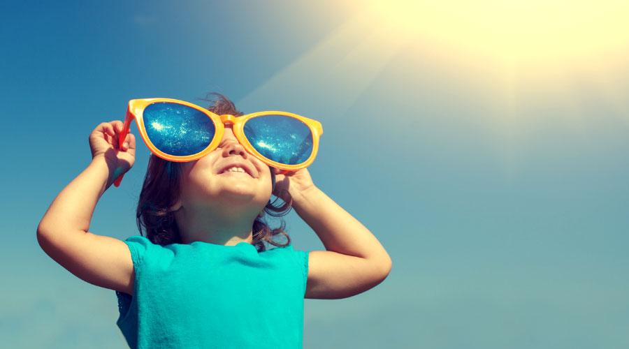 Bébé au soleil, risques et conseils préventifs