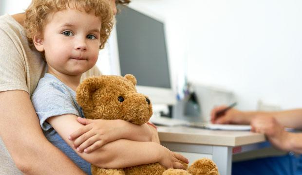 Contrer la peur du médecin chez l'enfant