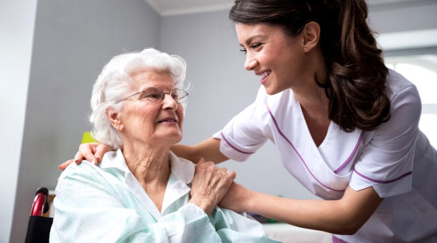 Emploi en santé : auxiliaire aux services de santé et sociaux
